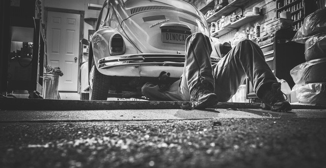 Is It Illegal To Fix Your Own Car?