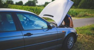 Prepare Yourself for Anything with a Car Emergency Kit