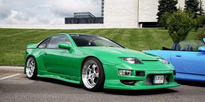 Green Nissan 300ZX Twin Turbo