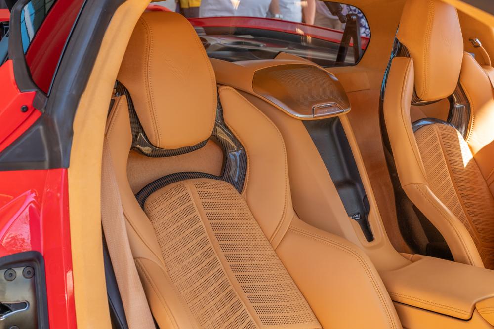c8 corvette seats