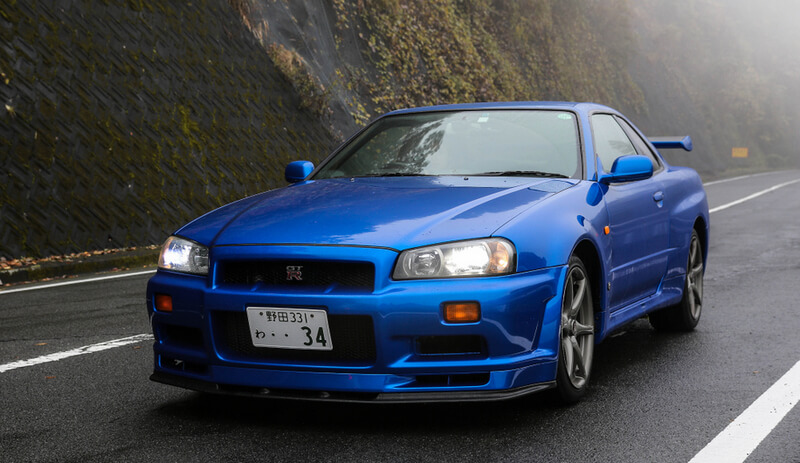 bayside blue Nissan Skyline GT-R R34