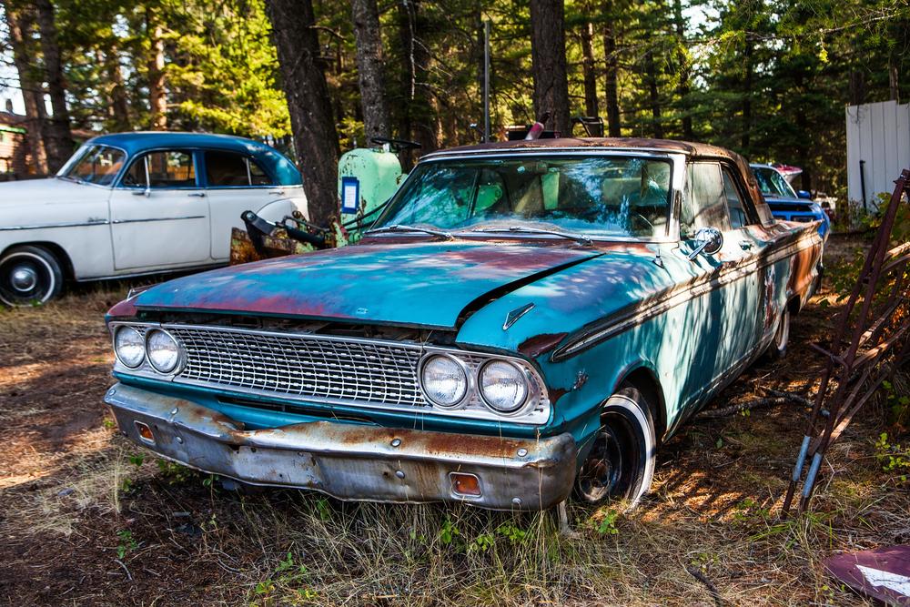 unstored car