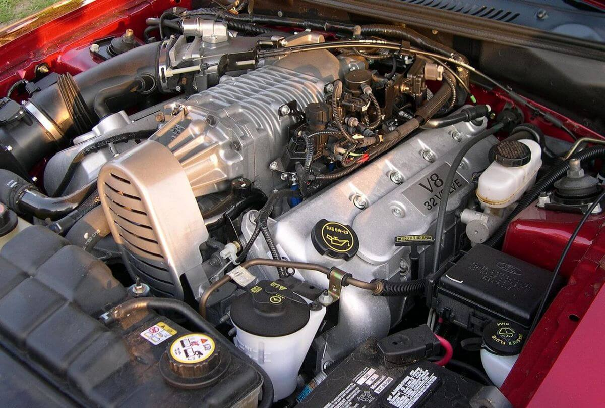 2003 Ford Mustang SVT Cobra Supercharged engine